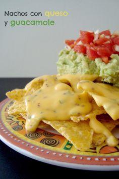5 Sentidos en la cocina: Nachos con salsa de queso, guacamole y pico gallo