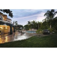 Listed at $5.49 million this sprawling and breathtaking property is ready for a buyer to snatch it up. The mansion is 8,400 square feet of space and includes seven bedrooms and nine bathrooms, much more space than Khloe and Lamar actually needed but apparently not enough space to keep them together. #exterior #exteriordesign #desaineksterior #eksterior #kolamrenang #desainkolamrenang #pool #pooldesign #khloekardashian
