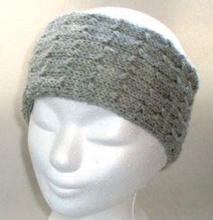 Geschenkidee - Stirnband reine Wolle - hellgrau - 100% Wolle für 100% warme Ohren: Es muss nicht immer Mütze sein, wenn man sich warmhalten will.