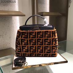 Fendi large peekaboo woman top handle tote bag with long strap black woolen brown original leather version Goyard Clutch, Zapatillas Louis Vuitton, Fendi Peekaboo Bag, Fendi Strap, Suede Handbags, Fendi Bags, Handle, Tote Bag, Leather