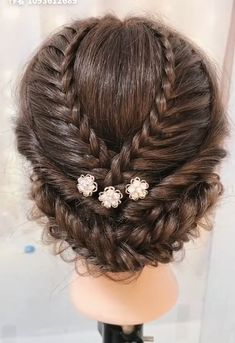 Compilation of beautiful braid hairstyle – formal hairstyles Classy Hairstyles, Braided Hairstyles, Amazing Hairstyles, Saree Hairstyles, Hairstyle Braid, Hair Upstyles, Colored Hair Tips, Natural Hair Styles, Long Hair Styles