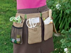 6 Items Every Gardener Should Own: A Tool Belt --> http://www.hgtvgardens.com/photos/great-gardening-clothing?s=4=pinterest