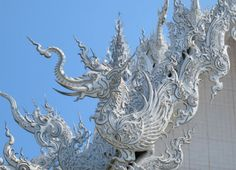 The White temple picture in Chiang Rai