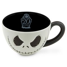 Jack Skellington Mug OMG I WANT THIS, THIS WOULD BE MY COFFEE MUG, MINNNNEEEEE!