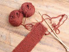 Tutorial fai da te: Come fare una fascia di lana con nodo a maglia dritta via DaWanda.com