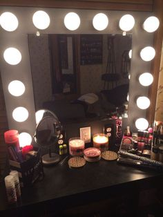 Vanity Mirror with Lights - All - English