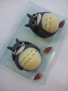 Can u believe? すごい!this is Japanese high school student's project ... Totoro wagashi (^○^)高校生を作ったトトロ和菓子だ!