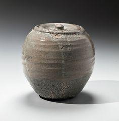 Ishiguro Munemaro, kairagi acristalamiento, arrastrándose esmalte, cántaro, 1945-1955, gres esmaltado, jarra de agua japonesa, mizusashi japonesa, mizusashi, cerámica japonesa, cerámica japonesa, la cerámica contemporánea japonesa