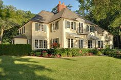 very pretty house