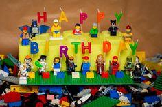 motivtorten für kinder lego-steine-figuren-geburtstagskerzen-torte