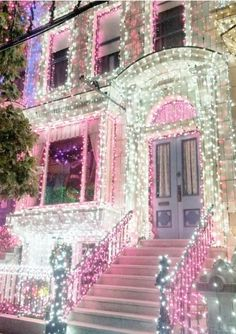 Christmas lights in pink and white #christmas