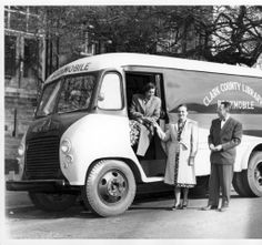 Clark County Library Bookmobile, 1948. From the Clark County Historical Museum Photograph Collection.