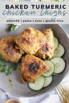 Crispy Turmeric Chicken Thighs baked in the oven Tumeric Chicken Recipes, Turmeric Recipes, Chicken Thigh Recipes, Baked Chicken Recipes, Curry Recipes, Keto Chicken, Lunch Recipes, Dinner Recipes, Healthy Recipes