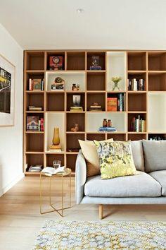 bibliotheque murale grad sofa vintage et tabouret Bookshelf Design, Bookshelves, Loft Spaces, Small Spaces, Dark Wood Bookcase, Salas Home Theater, Bibliotheque Design, Living Room Bookcase, Library Wall