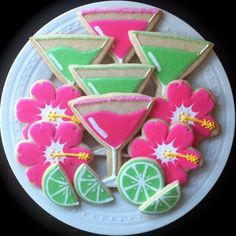 Summer Cocktail Party decorated cookies perfect by peapodscookies, Rose Pendleton Style Shoppe, for your girls night out out parties Summer Cookies, Fancy Cookies, Cut Out Cookies, Iced Cookies, Cute Cookies, Royal Icing Cookies, Cookies Et Biscuits, Cupcake Cookies, Minion Cookies
