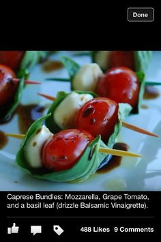 """~Caprese on a Stick - Notice the Balsamic vinegar staying in the """"boat"""" created by the basil leaf. Great assemblage idea for Caprese appetizers. Snacks Für Party, Appetizers For Party, Appetizer Recipes, Caprese Appetizer, Appetizer Ideas, Cheese Appetizers, Boat Snacks, Tomato Appetizers, Toothpick Appetizers"""