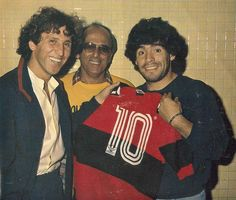 Zico y Diego. Best Football Players, World Football, Football Soccer, International Soccer, Diego Armando, Most Popular Sports, Kids Soccer, Best Player, Fifa World Cup