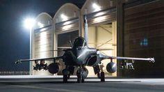 Cliché de l'ECPAD d'un Rafale, un avion de chasse français qui participe à l'opération Chammal au Moyen Orient, le 9 octobre 2015.