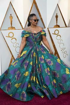 Whoopi Goldberg, Passion For Fashion, Ball Gowns, Beautiful Women, Formal Dresses, Celebrities, Lady, Famous People, Actors
