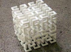 Hilbert Curve by henryseg on Shapeways 3d Printing News, 3d Printing Diy, What Are Fractals, Fractal Geometry, Organic Art, 3d Printed Jewelry, Set Cookie, Math Art, 3d Prints