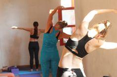 Yoga- og solferie i Molivos, Grækenland   16. - 23. august 2018  I den charmerende græske middelalderby Molivos har du mulighed for at kombinere solferie med Yogatræning og Meditation. Træk stikket ud og lad solen, varmen, havet, de fredfyldte omgivelser og den dybtvirkende TriYoga tage dig med på en rejse mod kropslig