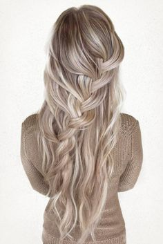 »Gorgeous waterfall braid on ash blonde hair!«