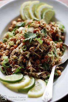 Gin Thoke (Burmese Ginger Salad) - chickpeas, cabbage, etc. Burmese Food, Burmese Recipes, Chou Pak Choi, Pak Choï, Spicy Bite, Sauerkraut, Asian Recipes, Healthy Recipes, International Recipes
