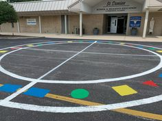 ☀️ Check out St. Damian School's new Multiuse Circle! Learn more about Peaceful Playground's Recess Program Kit! 100 Games, Games For Kids, Playgrounds, Programming, Peace, Kit, Activities, Learning, School