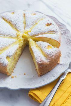 Torta con crema al limone: tre strati di puro piacere, da gustare assaggio dopo assaggio! [Lemon cream cake]