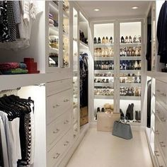 Walk-in Closet.What a clean chic! Walk-in Closet.What a clean chic! Walk-in closet with dust-proof glass doors. Container Store Closet, Closet Vanity, Closet Mirror, Closet Shelves, Closet Doors, Bedroom Shelves, Bathroom Closet, Desk Shelves, Open Shelves