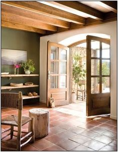 A Look Into Interior Design Trends 2017 - All For House İdeas Style At Home, Terracotta Floor, Spanish Style Homes, Mediterranean Decor, Kitchen Flooring, Kitchen Tiles, Kitchen Wood, Spanish Tile Kitchen, Kitchen Cupboards