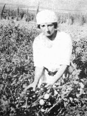 Golda Meir in the fields at Kibbutz Merhavia (1920s). Some 40 plus years before she would become Israel's 4th Prime Minister.