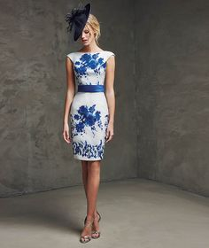 Vestido corto blanco y azul estampado