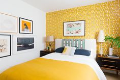 7 Chic Yellow Bedroom With Perfect Interior Nowadays Bedroom One of the trends in home decoration that is in great demand right now is shabby chic. Classic and modern style decoration in one room. Bedroom Wall Designs, Bedroom Wall Colors, Accent Wall Bedroom, Bedroom Decor, Yellow Walls Bedroom, Bright Bedroom Colors, Yellow Bedrooms, Neutral Colors, Bedroom Wallpaper Yellow
