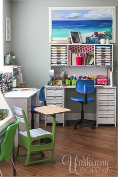 Can you say AMAZING craft room!?