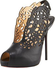 El Último Diseño En Zapatos LOUBOUTIN