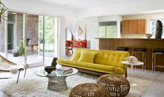 Lovely living room in a mid-century modern style  #homedecorideas #interiordesign #midcenturymodern