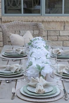Are you looking for Fall tablescapes ideas? I have 10 Fall themed Tablscapes ideas for you. These simple Fall tablescapes are what you need. I have fall tablescapes that fit everyone's styles, from farmhouse to elegant Thanksgiving tablescapes that are elegant. If you want more Fall inspiration, visit Home with Holly J. Thanksgiving Centerpieces, Christmas Tablescapes, Holiday Tables, Velvet Pumpkins, Autumn Theme, Fall Home Decor, Faux Flowers, Autumn Inspiration, Farmhouse