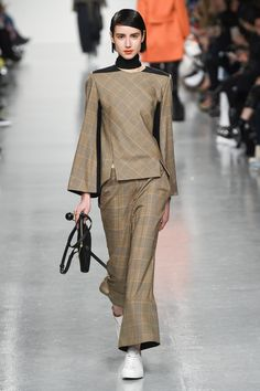 Eudon Choi | Fall 2017 Ready-to-Wear | 20 Beige checkered long sleeve top and trousers