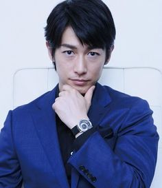 Japanese Men, Asian Actors, My Crush, Pose Reference, Dean, Hairstyle, Singer, Actresses, Poses