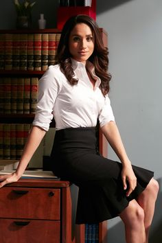 52 Professional Work Outfits for Women Ideas Outfit Outfi. 52 Professional Work Outfits for Women Ideas Outfit Outfi… 52 Professional Work Outfits for Women Ideas Outfit Outfit Office Outfits Women, Mode Outfits, Womens Fashion For Work, Work Fashion, Fashion Women, Cheap Fashion, Fashion Clothes, Fashion Ideas, Affordable Fashion