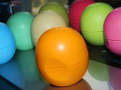 EOS Lip Balm Sphere in Medicated Tangerine Review! http://stephanielouiseatb.blogspot.com/2012/10/eos-smooth-sphere-lip-balm-in-medicated.html
