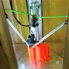 Le designer Simone Fontana développe des objets 3D et des jeux en impression 3D pour MyMiniFactory. ||| http://3dprintingindustry.com/2015/06/01/designer-simone-fontana-seriously-toying-around-3d-printing/