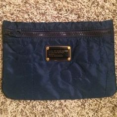 I just discovered this while shopping on Poshmark: NWOT Marc Jacobs bag. Check it out!  Size: OS