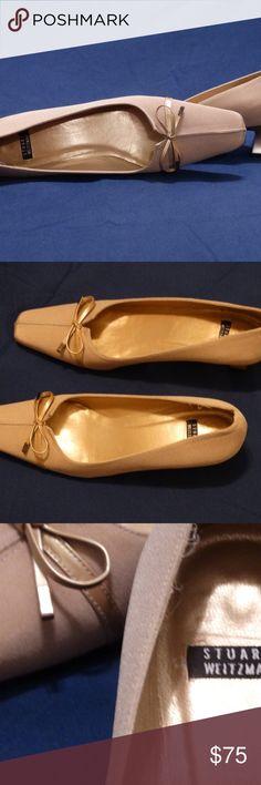"""womens shoes Stuart Weitzman light beige pumps in very good condition - size 7AAA - 1 1/2"""" heel Stuart Weitzman Shoes Heels"""