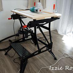 フレンチな 壁面収納 作り方 DIY | DIYでシャビーシックなインテリア&ガーデニング Drafting Desk, Decor, Furniture, Home, Interior, Standing Desk, Home Decor, Desk
