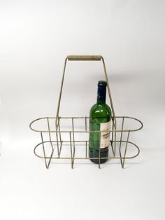 French Vintage Bottle Carrier - For 4 Bottles - Country Kitchen
