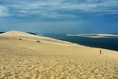 La Dune de Pila, as the French call it, is the largest sand dune in Europe. It's located in the Arachon Bay, 60 km from the city of Bordeaux, and it is a very popular tourist attraction in France. The dune is 3 km long, 500 m wide and it has a maximum height of 117 m above sea level.