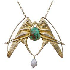 MAURICE DAURAT - 'Sauterelles' Art Nouveau Pendant, ca. 1910 - goldplated silver' turquoise, pearl