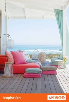 Perfect place to nap--and feeling inspired by the floor pillows and fresh palette #APTCB2 #inspiration